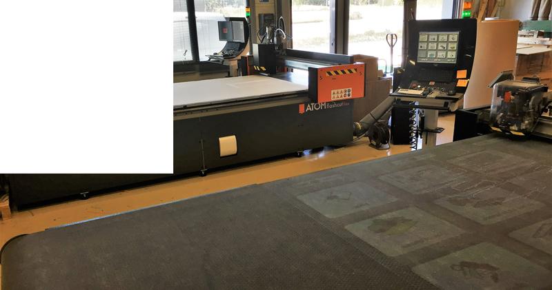 table de découpe de précision